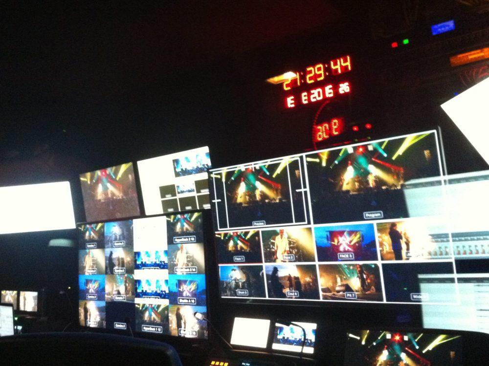 Le car-régie Le Multipiste: control room audio broadcast modulable selon les projets